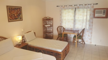 Quo Vadis Dive Resort Moalboal Room