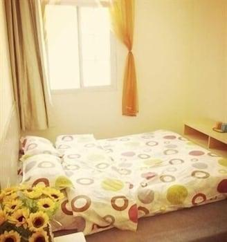 青島 ユエジュウ トピック ホステル