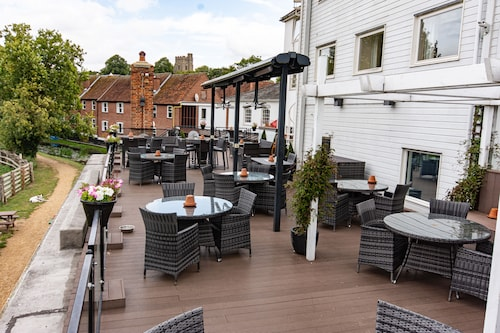 __{offers.Best_flights}__ The Mill Hotel