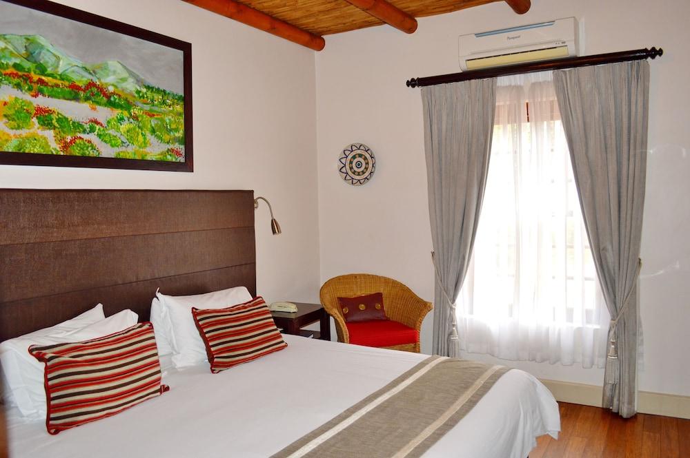 오크허스트 호텔(Oakhurst Hotel) Hotel Image 15 - Guestroom