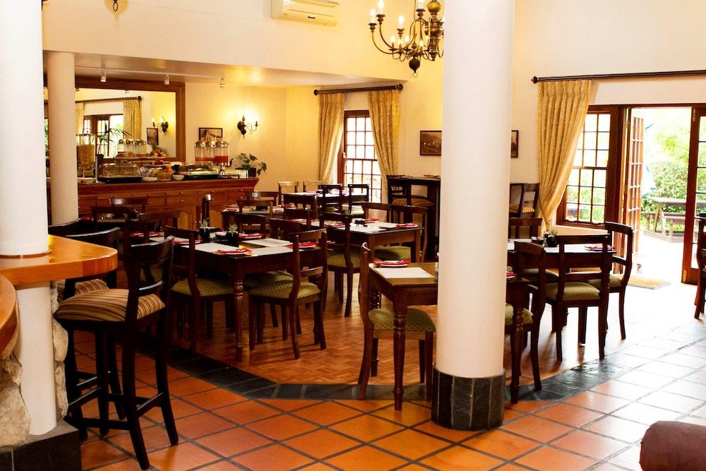 오크허스트 호텔(Oakhurst Hotel) Hotel Image 29 - Dining