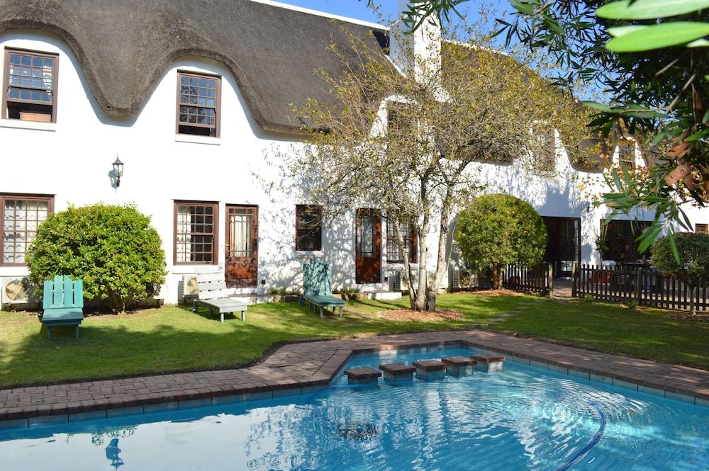 오크허스트 호텔(Oakhurst Hotel) Hotel Image 28 - Outdoor Pool