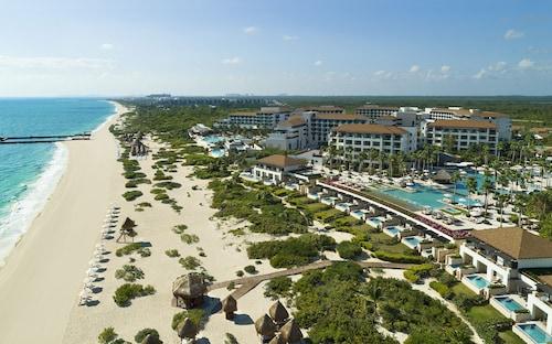 . Secrets Playa Mujeres Golf & Spa Resort - Adults Only