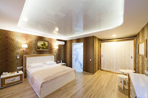 . Hotel Moya