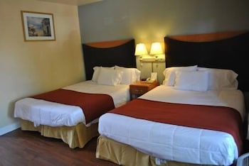 Deluxe Room, Two Queen Beds and Sofa Bed