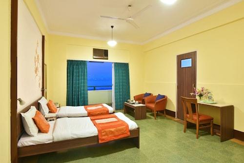 Sea Green Hotel, Mumbai City