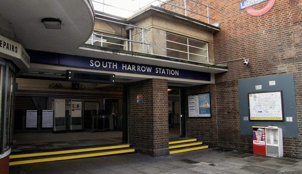 Train Station Shuttle