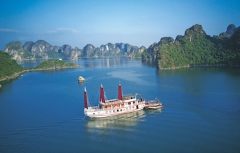 Gray Line Halong Cruise