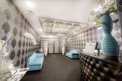 . Kleopatra Design Hotel