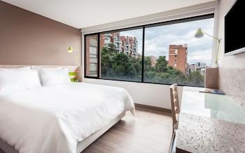 Hotel - Mika Suites