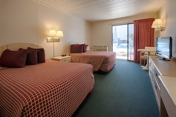 Guestroom at Flamingo Motel in Ocean City