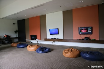 Seda Nuvali Laguna Game Room