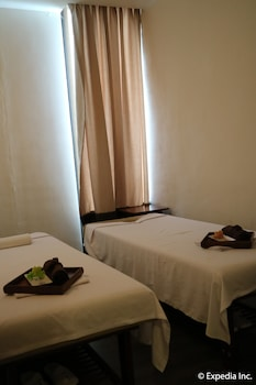 Seda Nuvali Laguna Treatment Room