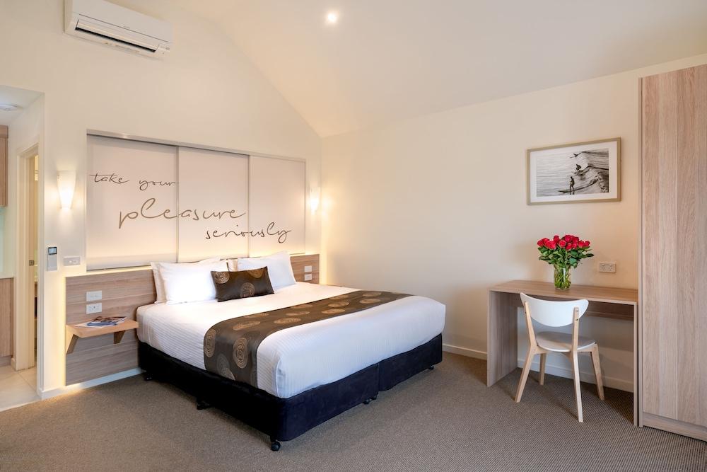 Boathouse Resort Studios & Suites, Mornington P'sula - South