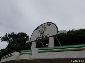Turtle Inn Resort Boracay Exterior