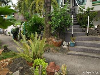 Turtle Inn Resort Boracay Property Grounds