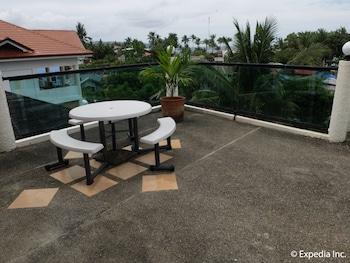 Turtle Inn Resort Boracay Terrace/Patio