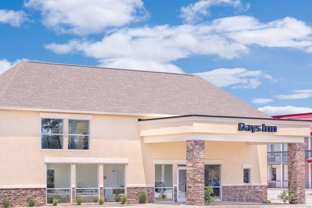 Days Inn by Wyndham Perry Near Fairgrounds
