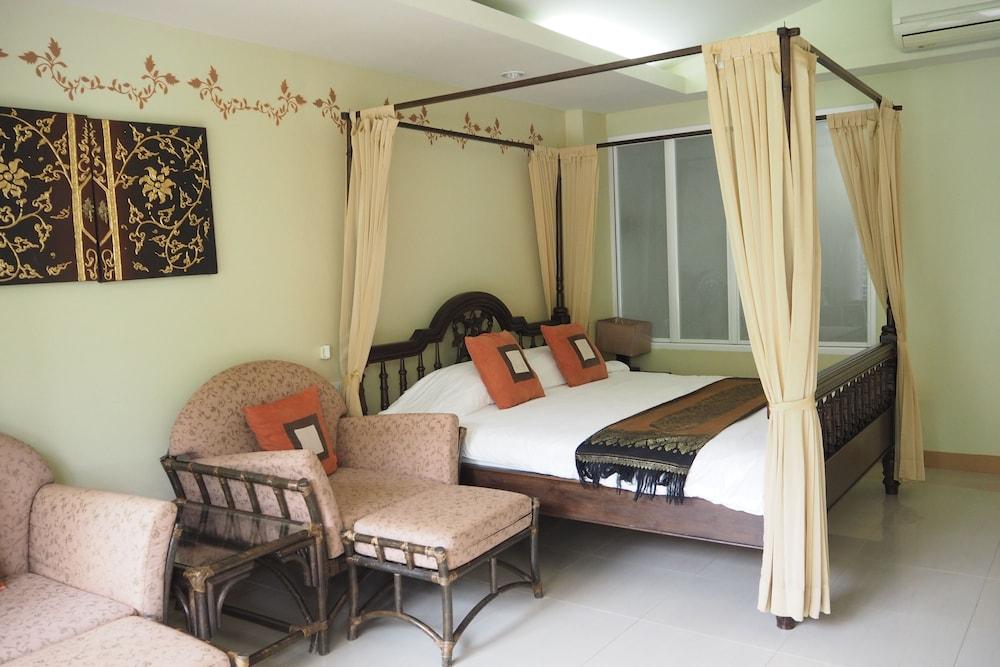 Villa Thongbura, Pattaya