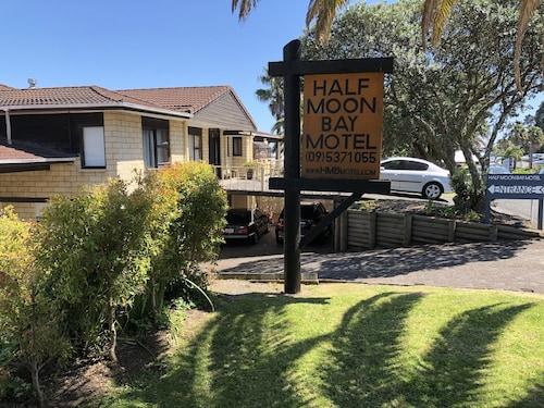 . Half Moon Bay Motel