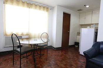 The Victor Hotel Makati In-Room Kitchenette