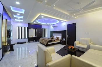 Hotel - Hotel Madhushrie