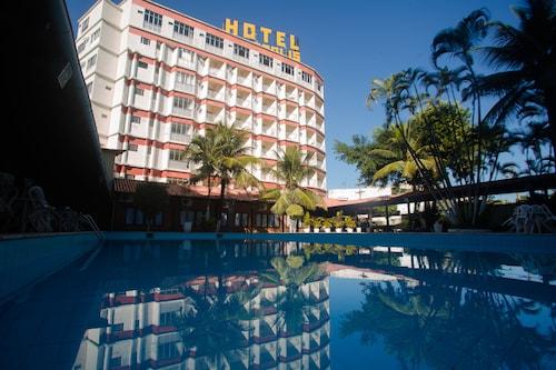 . Acrópolis Marina Hotel