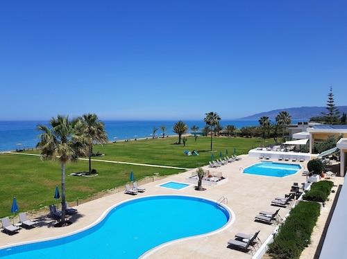 __{offers.Best_flights}__ Natura Beach Hotel and Villas