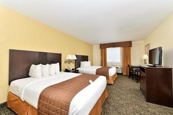 Standard Room, 2 Queen Beds, Non Smoking, Bathtub