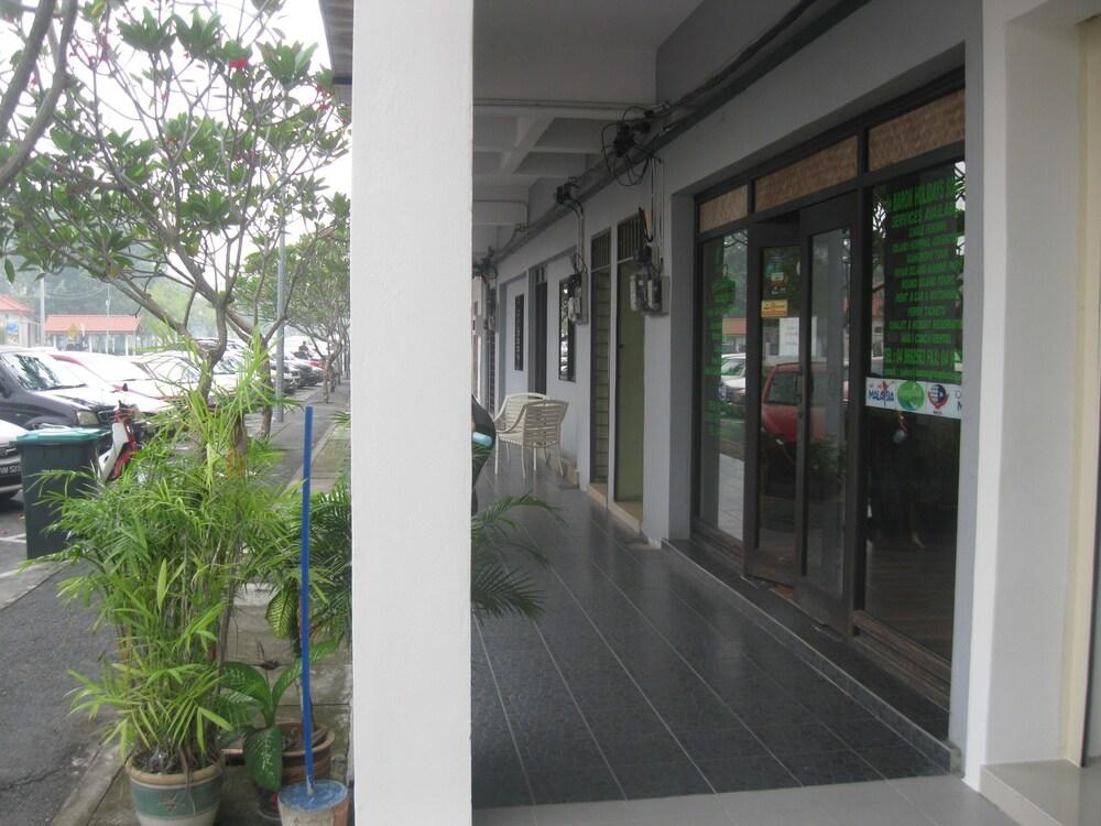 1 バロン モーテル