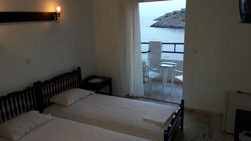 . Daskalio Beach Hotel