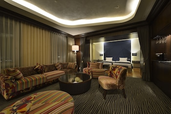 THE ROYAL PARK HOTEL TOKYO HANEDA Living Room