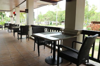 Dos Palmas Island Resort & Spa Palawan Restaurant
