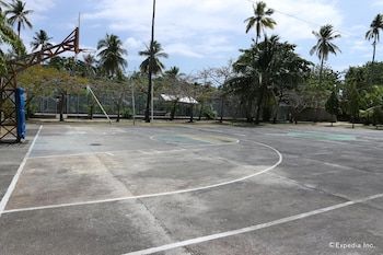 Dos Palmas Island Resort & Spa Palawan Basketball Court