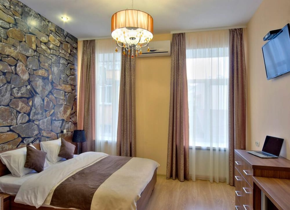 Гостиница «Голден Гейт Инн»