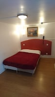 Double Room, Private Bathroom (shared toilets)
