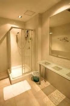 ミラクル トランジット ホテル