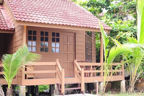 . Redang Paradise Resort