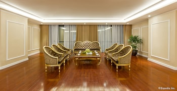 Muong Thanh Luxury Quang Ninh Hotel - Living Area  - #0