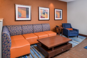 Holiday Inn Express Suites York