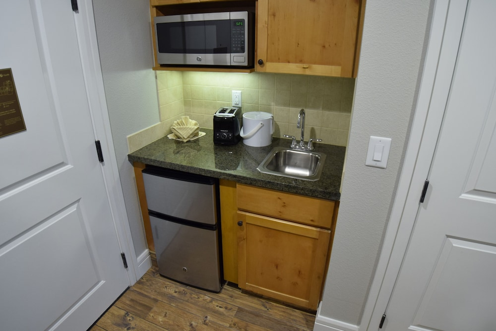In-Room Kitchenette