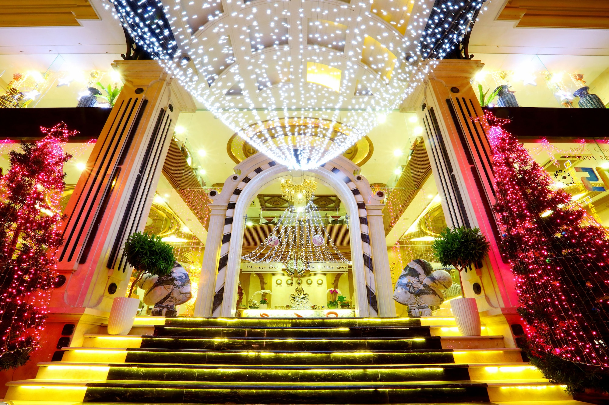 Holiday One Hotel, Ninh Kiều