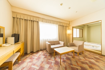 HOTEL CENTURY 21 HIROSHIMA Living Area