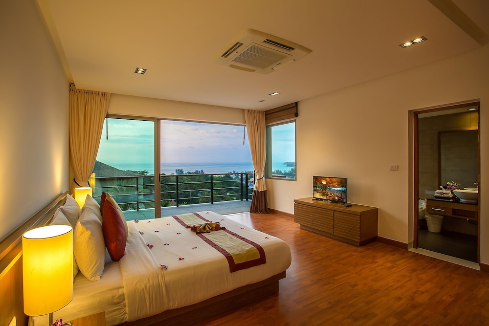 https://i.travelapi.com/hotels/9000000/8100000/8097000/8096989/165766f4_z.jpg