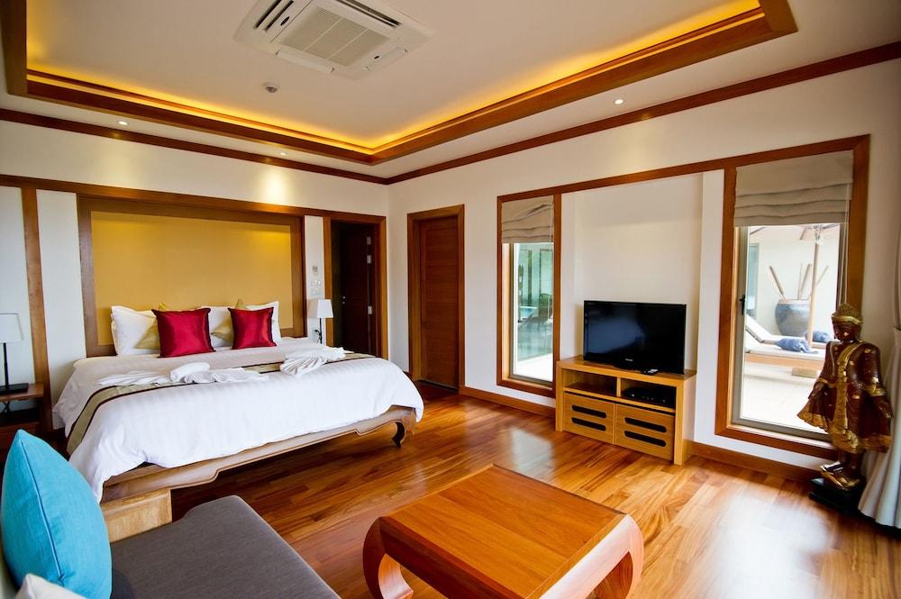 https://i.travelapi.com/hotels/9000000/8100000/8097000/8096989/3ca4fc63_z.jpg