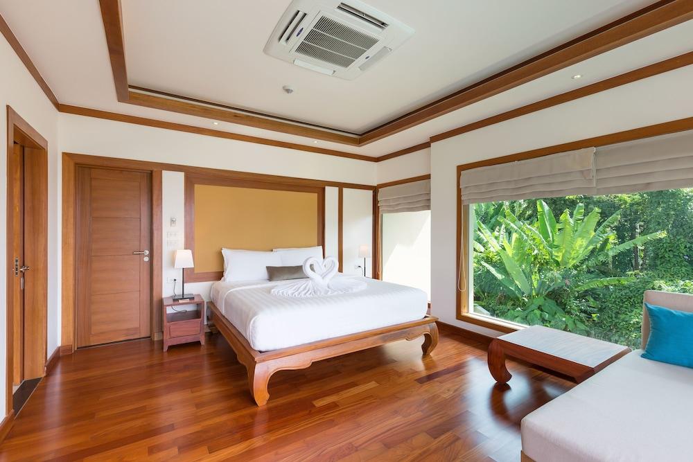https://i.travelapi.com/hotels/9000000/8100000/8097000/8096989/6d16576e_z.jpg