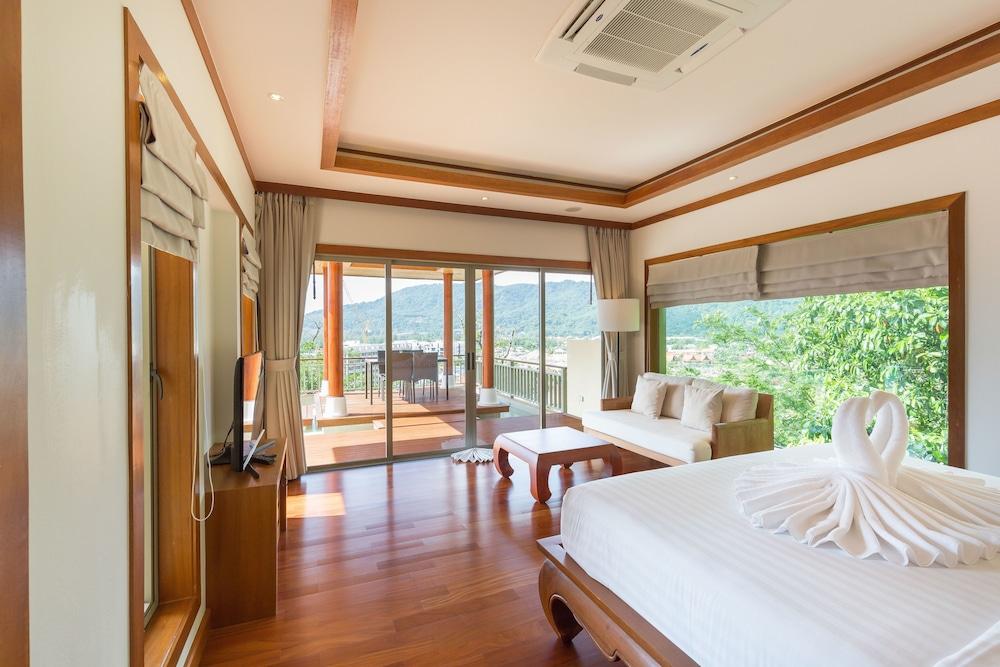 https://i.travelapi.com/hotels/9000000/8100000/8097000/8096989/b682a1dc_z.jpg