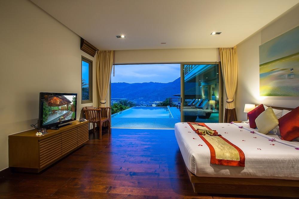 https://i.travelapi.com/hotels/9000000/8100000/8097000/8096989/ebb76fc9_z.jpg