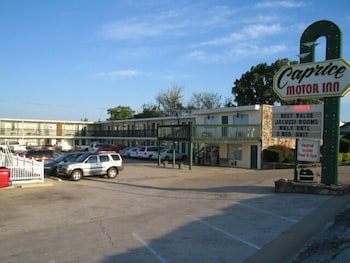 Hotel - Caprice Motor Inn