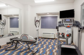 Microtel Inn & Suites by Wyndham Sault Ste. Marie - Fitness Facility  - #0